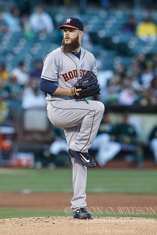 OAKLAND, CA - JULY 19:  Dallas Keuchel #60 of the Houston Astros pitches against the Oakland Athletics during the first inning at the Oakland Coliseum on July 19, 2016 in Oakland, California. (Photo by Jason O. Watson/Getty Images) *** Local Caption *** Dallas Keuchel
