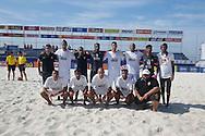 The Al Ahli team have their photo taken at the Mundialito de Clubes 2015 - Foto: Priscila Gonzalez/Divulgação