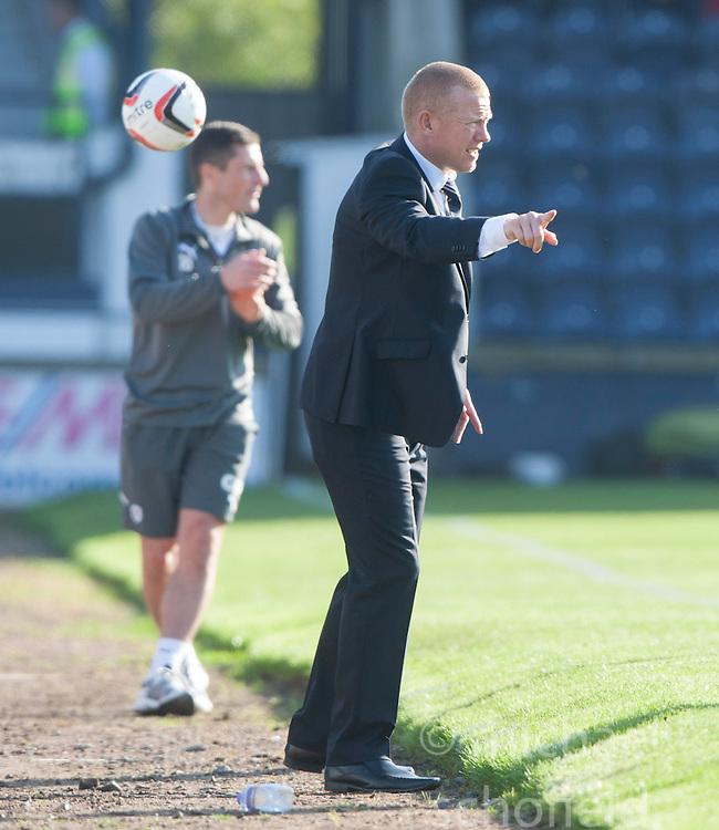 Falkirk's manager Gary Holt.<br /> Raith Rovers 1 v 1 Falkirk, Scottish Championship 28/9/2013.<br /> &copy;Michael Schofield.