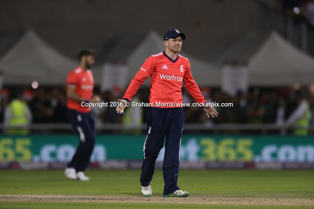 England's Eion Morgan.<br /> England v Pakistan, only T20 at Manchester, England. 7 September 2016.<br /> Pakistan won by 9 wickets (with 31 balls remaining).<br /> Copyright photo: Graham Morris / www.photosport.nz