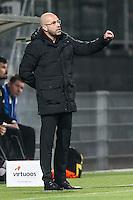 ROTTERDAM - Excelsior - Vitesse , Voetbal , Eredivisie , Seizoen 2015/2016 , Stadion Woudestein , 31-10-2015 , Vitesse trainer Peter Bosz langs de lijn coachend hij zit weer op de bank na zijn schorsing