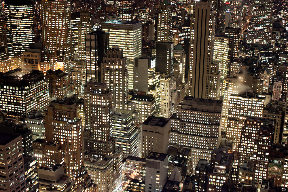 New York, New York. Etats Unis. 16 Decembre 2010.Vue de Manhattan depuis le haut du Rockefeller Center (69eme etage, 259 metres)..New York, New York. United States. December 16th 2010.View from the top of the Rockefeller Center (69th floor, 259 meters)..