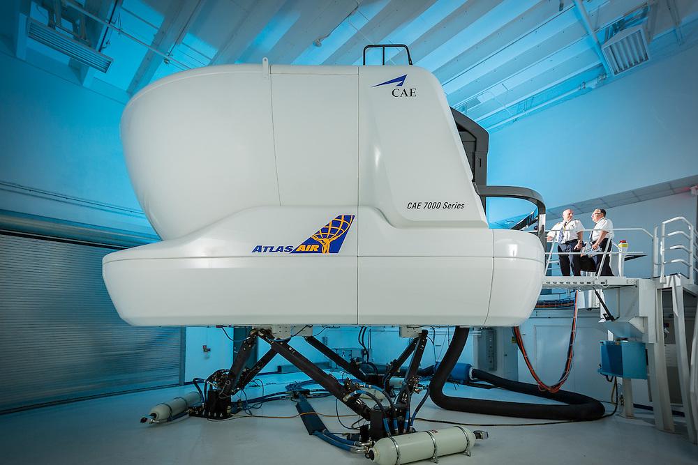 Boeing 777 Flight Simulator