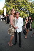 PENNY LANCASTER AND ROD STEWART, The Summer Party in association with Swarovski. Co-Chairs: Zaha Hadid and Dennis Hopper, Serpentine Gallery. London. 11 July 2007. <br /> -DO NOT ARCHIVE-© Copyright Photograph by Dafydd Jones. 248 Clapham Rd. London SW9 0PZ. Tel 0207 820 0771. www.dafjones.com.