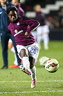 Enil Aluko of England Womens warms up before the International Friendly match at stadium:mk, Milton Keynes<br /> Picture by David Horn/Focus Images Ltd +44 7545 970036<br /> 13/02/2015