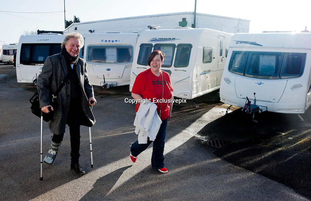 EXCLUSIVE <br /> White Dee Pictured is Benefits Street star Dee Kelly &quot; White Dee &quot; looking at Caravans at Chichester Caravans, Birmingham with manager Barry Tomes<br /> &copy;Exclusivepix