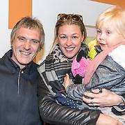 NLD/Amsterdam/20161126 - Studio 100 Winterfestival, Annemieke Schollaardt en partner Phill Tilly en dochter