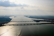 Nederland, Zuid-Holland, Hollandsch Diep, 01-04-2016; Moerdijkbruggen over Hollandsch Diep. Spoorbruggen gezien naar HArigvliet.<br /> Railwaybridges across Hollandsch Diep, motorway and two railway bridges. <br /> luchtfoto (toeslag op standard tarieven);<br /> aerial photo (additional fee required);<br /> copyright foto/photo Siebe Swart