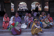 Passengers waiting for a train, Ajmer, Rajasthan