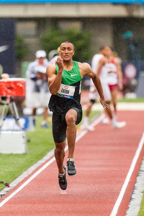 Ashton Eaton, Decathlon, long jump, on his way to setting world record at USA Olympic Trials