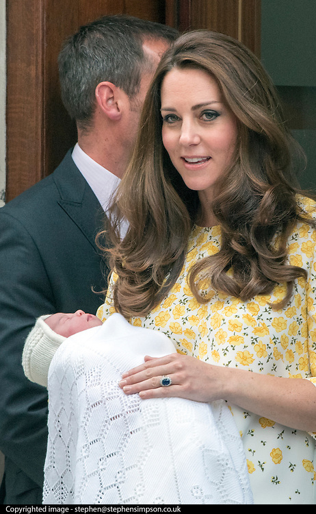© Licensed to London News Pictures. 02/05/2015. London, UK The Duke and Duchess of Cambridge appear on the steps of the Lindo Wing at  St Mary's Hospital, Paddington, London today 2nd May 2015 with their newborn little girl. The Child will be the fourth in line to the throne. Photo credit : Stephen Simpson/LNP