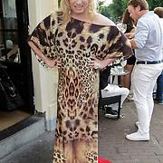 NLD/Amsterdam/20120706 - Verjaardagsfeest Gordon, Mayday