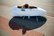 De tweede body van de VeloX2 wordt voorbereid. Het Human Power Team Delft en Amsterdam, bestaande uit studenten van de TU Delft en de VU Amsterdam, trainen op de RDW baan in Lelystad voor de laatste keer voor de recordpoging. In september wil het team met Jan Bos en Sebastiaan Bowier het snelheidsrecord op de fiets te verbreken. Dat record staat nu op 133 km/h.<br /> <br /> The new body of the VeloX2 is being prepared. Human Power Team Delft and Amsterdam are having the last training for the record attempt in Battle Mountain (USA) at the RDW test track in Lelystad. The team will try to break the world speed record with a human powered vehicle with riders Jan Bos and Sebastiaan Bowier. The record is now at 133 km/h..