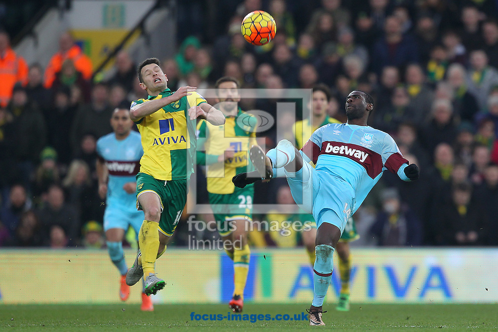 Pedro Obiang of West Ham and Wes Hoolahan of Norwich in action during the Barclays Premier League match at Carrow Road, Norwich<br /> Picture by Paul Chesterton/Focus Images Ltd +44 7904 640267<br /> 13/02/2016