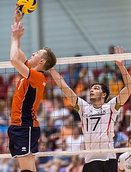 05-06-2016 NED: Nederland - Duitsland, Doetinchem<br /> Nederland speelt de laatste oefenwedstrijd ook in  Doetinchem en speelt gelijk 2-2 in een redelijk duel van beide kanten / Daan van Haarlem #1, David Sossenheimer #17