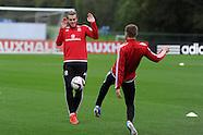 061015 Wales football team training