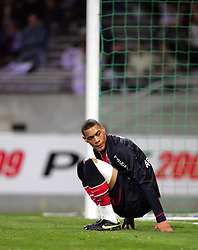 A dejected Guillaume Hoarau reacts after missing a chance. Toulouse v Paris St Germain,French Ligue 1, Stade Municipal, Toulouse, France, 22nd March 2009.