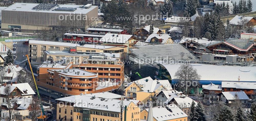 14.01.2013, Schladming, AUT, FIS Weltmeisterschaften Ski Alpin, Schladming 2013, Vorberichte, im Bild von links: Congress Schladming (links hinten), Hotel Planai, Talstation Planet Planai, Hohenhaus Tenne am 14.01.2013 // from the left side: Congress Schladming, Hotel Planai, cable car station Planet Planai, Hohenhaus Tenne on 2013/01/14, preview to the FIS Alpine World Ski Championships 2013 at Schladming, Austria on 2013/01/14. EXPA Pictures © 2013, PhotoCredit: EXPA/ Martin Huber