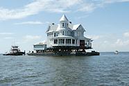 Incredible Houseboat