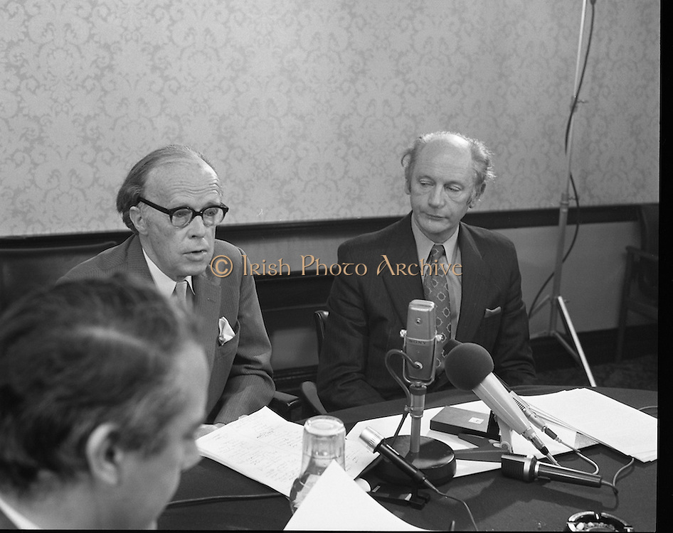 Erskine Childers- Nomination- Press Conference..1973..06.04.1973..04.06.1973..6th April 1973..Pictured at Fianna Fail Party Rooms in Leinster House,Dublin Mr Jack Lynch,leader of the Fianna Fail Party formally nominated Mr Erskine Childers TD as the preferred candidate of the party to run for the position of President of Ireland. Mr Childers accepted the nomination and at the press conference launched his election campaign.