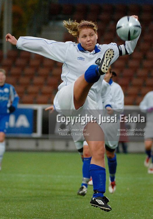 Heidi Matinlassi.&amp;#xA;Naisten Suomen Cupin finaali United - FC Espoo. Helsinki 23.10.2005.&amp;#xA;Photo: Jussi Eskola<br />