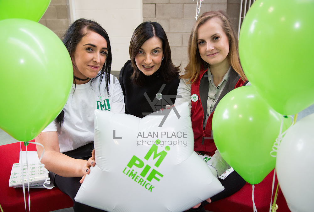 10.10.2016               REPRO FREE       <br /> Attending the Pay It Forward Limerick campaign at Limerick Institute of Technology were, Laura Downey, Niamh Murphy, Student Councillor LIT and Isabel Szlachta. Picture: Alan Place