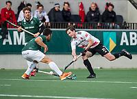 AMSTELVEEN -  Fergus Kavanagh (Adam)   tijdens de hoofdklasse hockeywedstrijd Amsterdam-HC Rotterdam (7-1).     COPYRIGHT KOEN SUYK