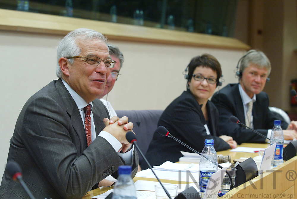BRUSSELS - BELGIUM - 17 OCTOBER 2006 -- Conference:  Working time and work-life balance:.A policy dilemma?  -- From left Josep BORRELL, President of the European Parliament, MEP Stephen HUGHES, Tarja FILATOV, Finnish Minister of Labour, and Jorma KARPPINEN, Directo, European Foundation for the improvement of living and working conditions (EUROFOUND).   PHOTO: ERIK LUNTANG /  INSPIRIT