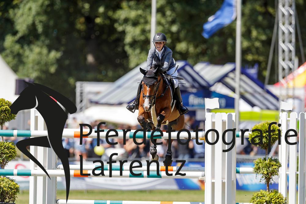 RANTA-AHO Jasmin (FIN), DIXON<br /> Donaueschingen - CHI mit Europameisterschaft Gespannfahren 2019<br /> Großer Preis - S.D. Fürst Joachim zu Fürstenberg-Gedächtnispreis<br /> Preisgeld gegeben von BURGERGROUP, Straub-Verpackungen GmbH, Grimm Zuführtechnik sowie SDV Security<br /> Int. Springprüfung mit Stechen<br /> 18. August 2019<br /> © www.sportfotos-lafrentz.de/