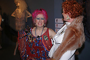 Zandra Rhodes and Patricia Quinn. Zandra Rhodes- A Lifelong Affair with textiles.-Zandra Rhodes retrospective exhibition. Fashion and Textile museum. 1 February 2005. ONE TIME USE ONLY - DO NOT ARCHIVE  © Copyright Photograph by Dafydd Jones 66 Stockwell Park Rd. London SW9 0DA Tel 020 7733 0108 www.dafjones.com