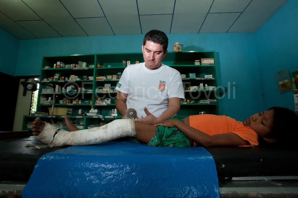 Doctor Juan Jon  during his job at Santa Clotilde Centro de Salud