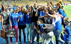 24.06.2012, Olympia Stadion, Kiew, UKR, UEFA EURO 2012, England vs Italien, Viertelfinale, im Bild moglie e fidanzate si scattano foto a fine gara (Italia) // during the UEFA Euro 2012 Quarter Final Match between Enland and Italy at the Olympic Stadium, Kiev, Ukraine on 2012/06/24. EXPA Pictures © 2012, PhotoCredit: EXPA/ Insidefoto/ Alessandro Sabattini..***** ATTENTION - for AUT, SLO, CRO, SRB, SUI and SWE only *****