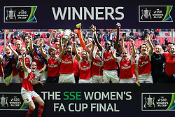 Arsenal Ladies FC beat Chelsea Ladies FC 1-0 and win the SSE Women's FA Cup - Mandatory byline: Jason Brown/JMP - 14/05/2016 - FOOTBALL - Wembley Stadium - London, England - Arsenal Ladies v Chelsea Ladies - SSE Women's FA Cup