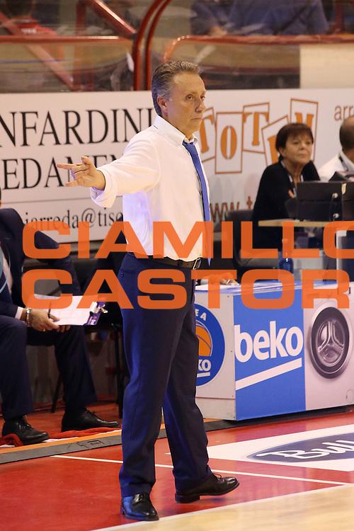 DESCRIZIONE : Campionato 2015/16 Giorgio Tesi Group Pistoia - Enel Brindisi<br /> GIOCATORE : Bucchi Piero<br /> CATEGORIA : Allenatore Coach Schema<br /> SQUADRA : Enel Brindisi<br /> EVENTO : LegaBasket Serie A Beko 2015/2016<br /> GARA : Giorgio Tesi Group Pistoia - Enel Brindisi<br /> DATA : 04/10/2015<br /> SPORT : Pallacanestro <br /> AUTORE : Agenzia Ciamillo-Castoria/S.D'Errico<br /> Galleria : LegaBasket Serie A Beko 2015/2016<br /> Fotonotizia : Campionato 2015/16 Giorgio Tesi Group Pistoia - Enel Brindisi<br /> Predefinita :