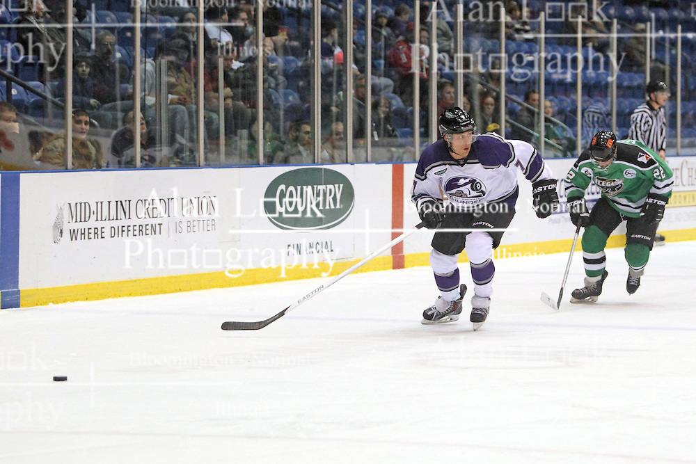 15 November 2013:  Paul Arnott & Chris Wilson. Louisiana IceGators at Bloomington Thunder Southern Professional Hockey League (SPHL) at the U.S. Cellular Coliseum in Bloomington Illinois