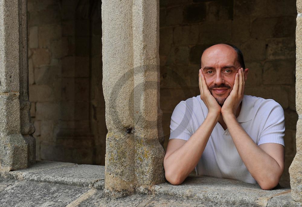 20/08/11 - LA CHAISE DIEU - HAUTE LOIRE - FRANCE - Portrait d Herve NIQUET, chef d Orchestre Francais specialise dans la musique baroque - Photo Jerome CHABANNE