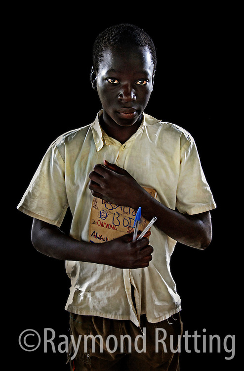 Uganda - Project Eyes on Africa - Portrets of refugee's in three African Country's. photo raymond rutting
