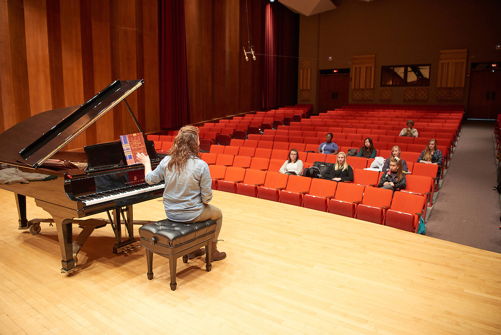 -UWL UW-L UW-La Crosse University of Wisconsin-La Crosse; Candid; Center for the ArtsCFA; Classroom; day; December; Inside; Music; Piano; Student students; Woman women