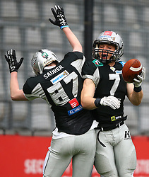 09.04.2016, Tivoli Stadion, Innsbruck, AUT, BATTLE4TIROL, Swarco Raiders Tirol (AUT) vs Helsinki Roosters (FIN), im Bild Saniel Saurer (Swarco Raiders Tirol, WR, #87) und Sandro Platzgummer (Swarco Raiders Tirol, RB, #7) // during the BATTLE4TYROL game between Swarco Raiders Tirol (AUT) and Helsinki Roosters (FIN) at the Tivoli Stadion, Innsbruck, Austria on 2016/04/09. EXPA Pictures © 2016, PhotoCredit: EXPA/ Thomas Haumer