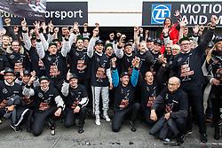 17.10.2015, Hockenheimring, Hockenheim, GER, DTM, Hockenheim, im Bild Pascal Wehrlein (DTM Mercedes AMG C Coupe) feiert mit seinem Team den Sieg in der DTM Saison 2015 // during the DTM Championship Race at the Hockenheimring in Hockenheim, Germany on 2015/10/17. EXPA Pictures &copy; 2015, PhotoCredit: EXPA/ Eibner-Pressefoto/ Neis<br /> <br /> *****ATTENTION - OUT of GER*****