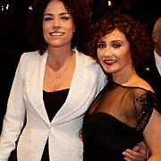 NLD/Amsterdam/20100412 - Premiere film de Gelukkige Huisvrouw, Antoinette Beumer en Carice van Houten