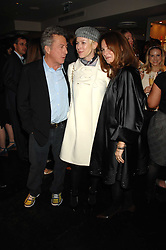 Left to right, DUSTIN HOFFMAN, NAOMI WATTS and LISA HOFFMAN at the launch party of Lisa Hoffman's new bath and shower range, held at Harvey Nichols, Knightsbridge, London on 23rd October 2007. <br />
