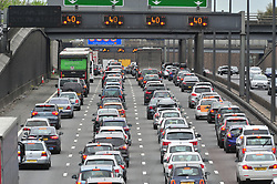 April 14, 2017 - Dartford, Kent, UK - Good Friday traffic hell on the M25 in Kent near Dartford      Anti clock-wise already looks like a car park this morning. (Credit Image: © Grant Falvey/London News Pictures via ZUMA Wire)