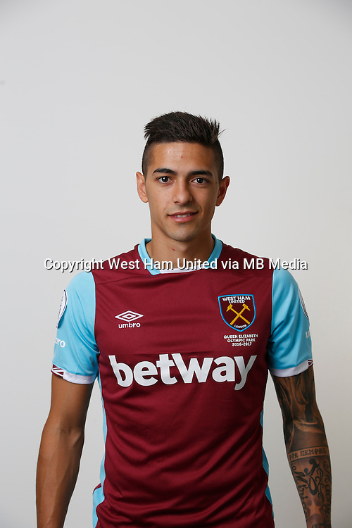 LONDON, ENGLAND - AUGUST 06:  Manuel Lanzini of West Ham poses during a Premier League portrait session on August 6, 2016 in London, England. (Photo by Tom Shaw/Getty Images)