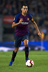 October 20, 2018 - Barcelona, Catalonia, Spain - Sergio Busquets controls the ball during the week 9 of La Liga match between FC Barcelona and Sevilla FC at Camp Nou Stadium in Barcelona, Spain on October 20, 2018. (Credit Image: © Jose Breton/NurPhoto via ZUMA Press)
