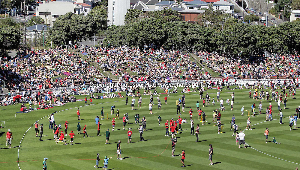 """Fans start filling the Basin during the"""" Fill the Basin for Christchurch"""", Charity match - Wellington v Canterbury at the Allied Nationwide Finance Basin Reserve, Wellington, New Zealand on Sunday, 13 March 2011. Photo: Justin Arthur/ photosport.co.nz"""