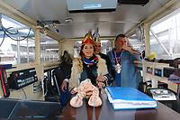 Mannheim. 10.02.18 | <br /> N&auml;rrische Bootsfahrt mit dem Mannheimer Stadtprinzenpaar Miriam I. und Marcus I. <br /> Danch kleiner Umzug mit Gefolge zum Mannheimer Marktplatz &uuml;ber die Planken zum Wasserturm mit Fahrt im Riesenrad.<br /> Bild: Markus Prosswitz 10FEB18 / masterpress (Bild ist honorarpflichtig - No Model Release!) <br /> BILD- ID 03920 |