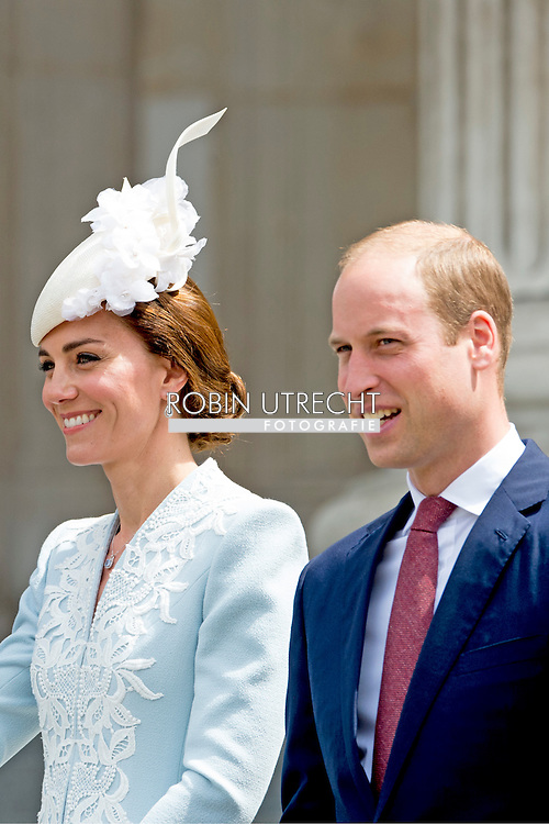 10-6-2016 LONDON ENGLAND Queen Elizabeth, Prince Philip the Duke of Edinburgh, Charles The Prince of Wales and the Camilla Duchess of Cornwall, William and Kate The Duke and Duchess of Cambridge, Prince Harry, Princess Anne Princess Royal and Timothy Lauwrence, Prince Andrew the Duke of York, Prince Edward and Princess Sophie The Earl and Countess of Wessex,  Princess Beatrice and Princess Eugenie attend the service of thanksgiving during the 90th birthday celebrations of Queen Elizabeth at St Paul&rsquo;s cathedral in London, United Kingdom, 10 June 2016.  COPYRIGHT ROBIN UTRECHT <br /> 2016/10/06 LONDEN ENGELAND Queen Elizabeth, prins Philip de hertog van Edinburgh, Charles de Prins van Wales en Camilla Hertogin van Cornwall, William en Kate De hertog en hertogin van Cambridge, Prins Harry, Princess Anne Princess Royal en Timothy Lauwrence, Prins Andrew de hertog van York, Prins Edward en prinses Sophie de graaf en gravin van Wessex, Prinses Beatrice en prinses Eugenie bijwonen van de dienst van dankzegging tijdens de 90ste verjaardag viering van Queen Elizabeth bij St Paul's kathedraal in Londen, Verenigd Koninkrijk, 10 juni 2016 . COPYRIGHT ROBIN UTRECHTLONDEN - De Britse vorstin Elizabeth en prins Philip bij de St Paul's Cathedral voorafgaand aan de 90ste verjaardag van de Britse vorstin Elizabeth.  Groot-Brittannie viert 90ste verjaardag Queen Elizabeth