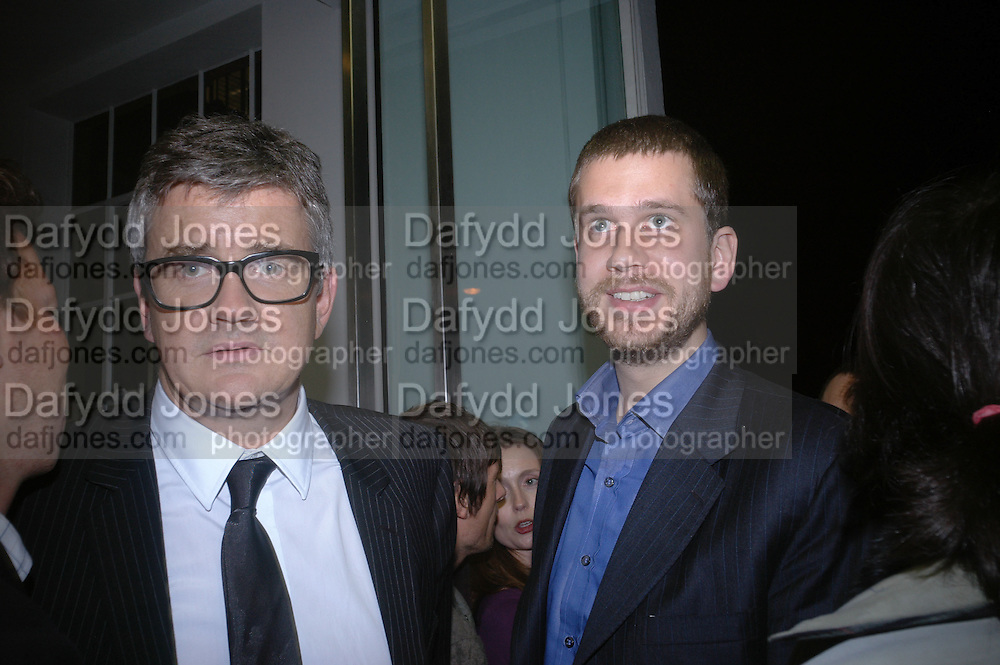 Jay Jopling. JAKE AND DINOS CHAPMAN'S ' Like a dog returns to its vomit' White Cube, Hoxton Sq and afterwards at Vic Naylor's. St. John St. London.   18 October 2005. ONE TIME USE ONLY - DO NOT ARCHIVE © Copyright Photograph by Dafydd Jones 66 Stockwell Park Rd. London SW9 0DA Tel 020 7733 0108 www.dafjones.com