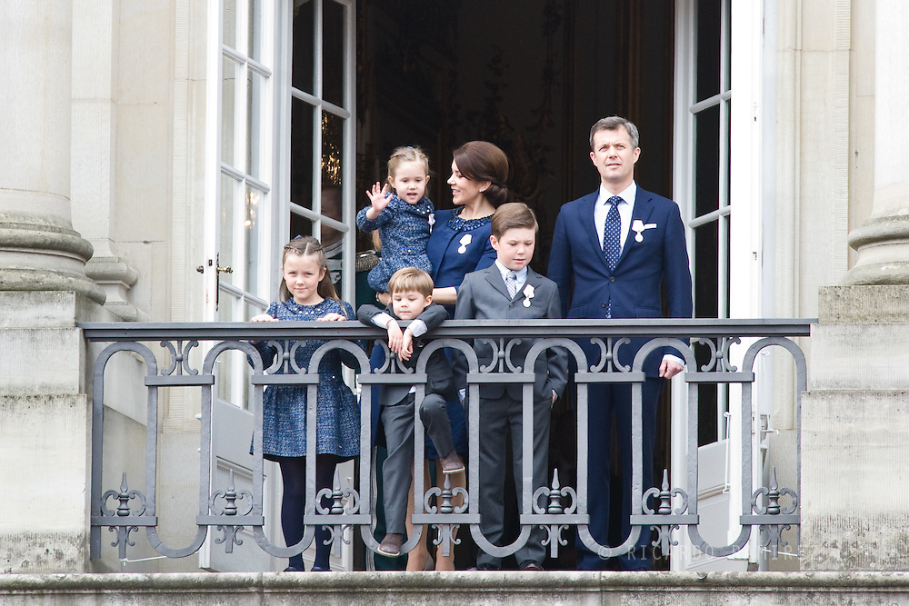 16.04.2015. Copenhagen, Denmark.Crown Prince Frederik and Crown Princess Mary of Denmark, with their children Princess Josephine, Princess Isabella, Prince Vincent and Prince Christian appear on the Balcony of Amalienborg Palace on The 75th Birthday of Queen Margrethe II of Denmark.Photo:© Ricardo Ramirez